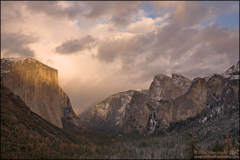 Tunnel View around sunset.