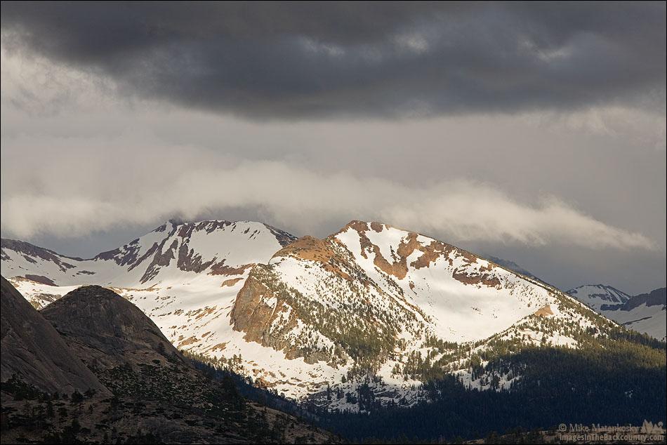 Red Peak at Washburn Point Yosemite